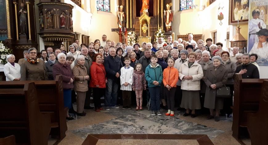 Sztafeta w parafii pw. św. Anny