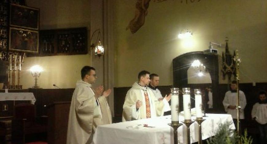 Sztafeta w Sanktuarium Matki Bożej Pocieszenia (parafia św. Wojciecha)