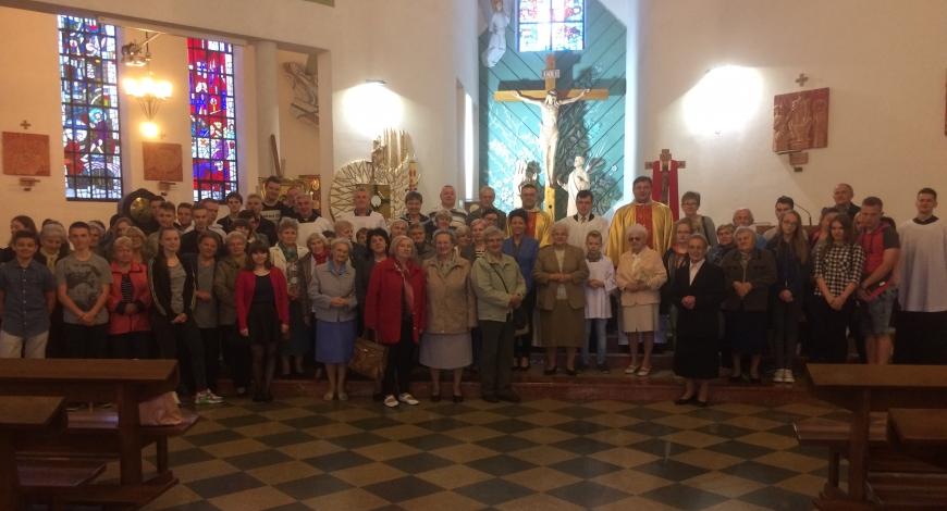 Sztafeta w parafii NMP Królowej Polski w Ozorkowie